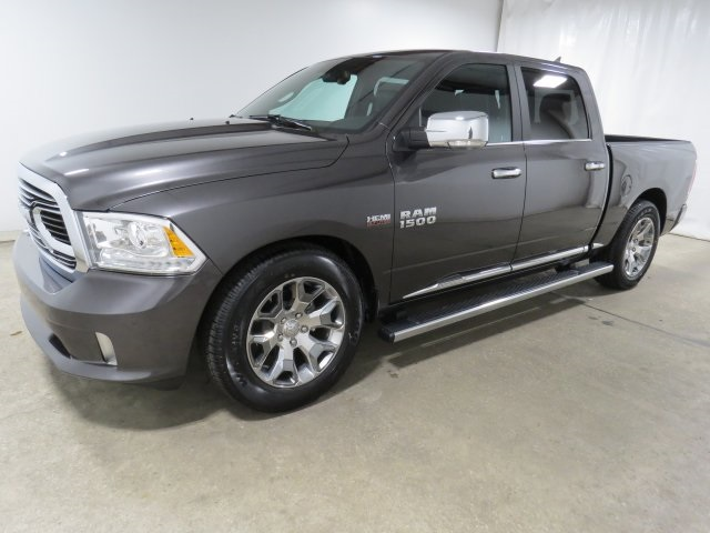 2018 Ram 1500 Crew Cab 4x4 Pickup #JS175745 - photo 1