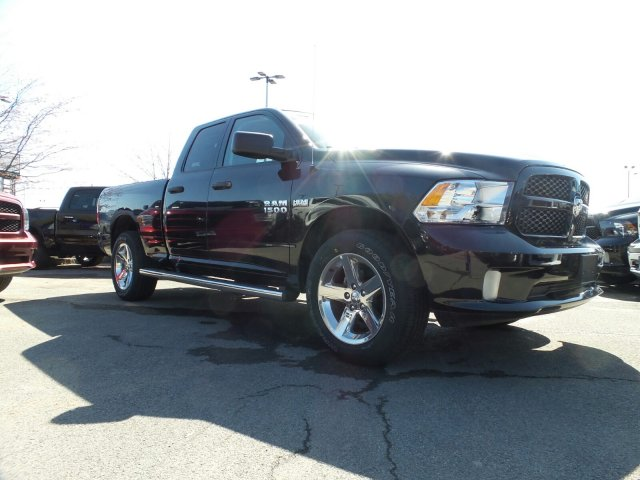 2018 Ram 1500 Quad Cab 4x4,  Pickup #124584 - photo 4