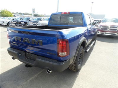 2018 Ram 1500 Crew Cab 4x4 Pickup #1D87029 - photo 4