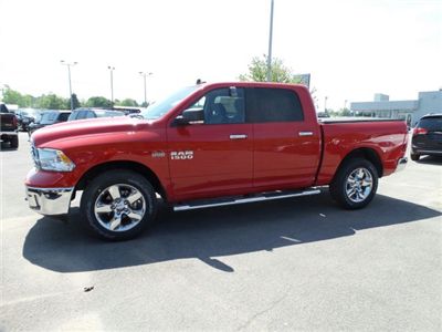2018 Ram 1500 Crew Cab 4x4, Pickup #1D87032 - photo 4