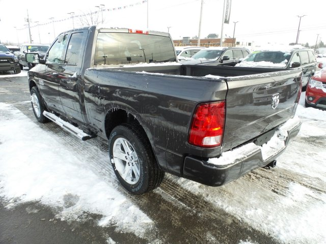 2018 Ram 1500 Quad Cab 4x4, Pickup #1D87081 - photo 2