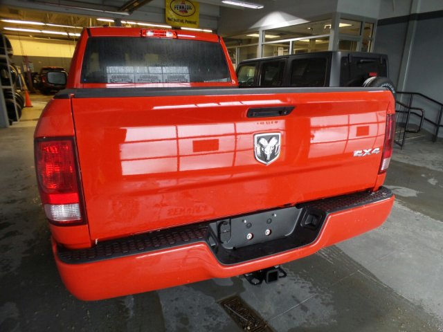 2018 Ram 1500 Quad Cab 4x4, Pickup #1D87161 - photo 2