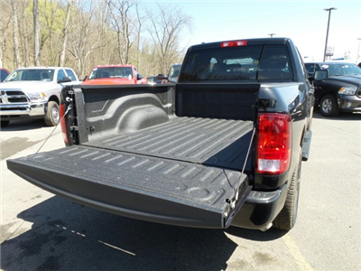 2018 Ram 1500 Quad Cab 4x4,  Pickup #1D87183 - photo 4