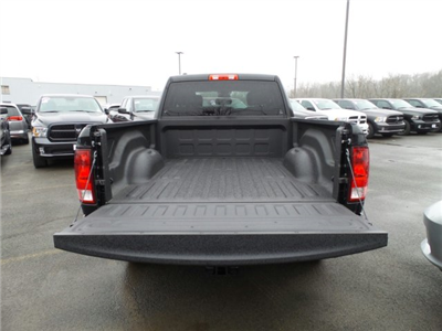 2018 Ram 1500 Quad Cab 4x4, Pickup #1D87196 - photo 6