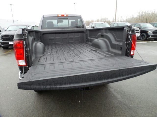 2018 Ram 2500 Regular Cab 4x4, Pickup #1D87198 - photo 5