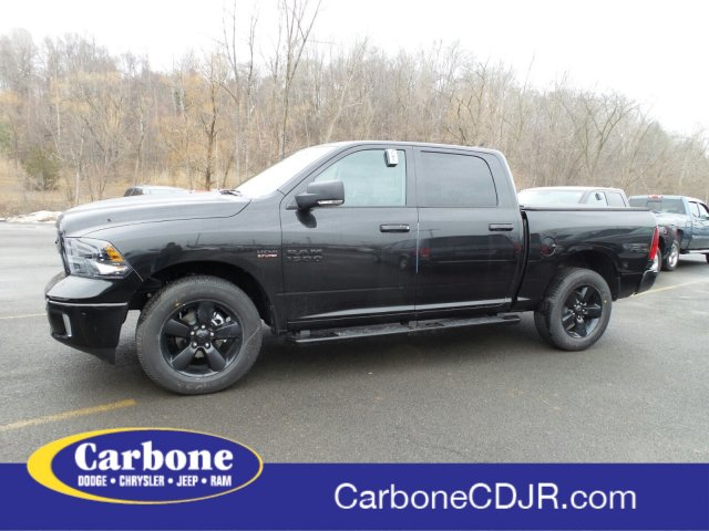 2018 Ram 1500 Crew Cab 4x4, Pickup #1D87216 - photo 1