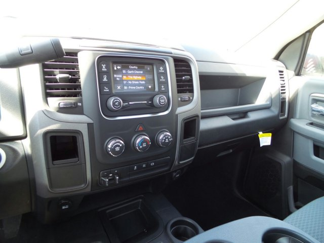 2018 Ram 3500 Regular Cab DRW 4x4,  Pickup #1D87234 - photo 9