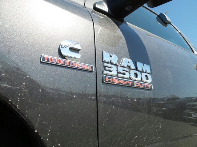 2018 Ram 3500 Regular Cab DRW 4x4,  Pickup #1D87234 - photo 3