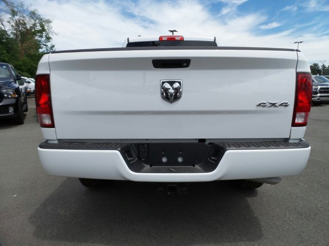 2018 Ram 1500 Quad Cab 4x4,  Pickup #1D87249 - photo 4