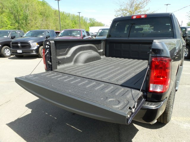 2018 Ram 1500 Quad Cab 4x4, Pickup #1D87256 - photo 3