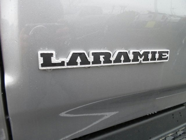 2019 Ram 1500 Crew Cab 4x4,  Pickup #1D97001 - photo 8