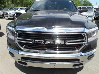 2019 Ram 1500 Crew Cab 4x4,  Pickup #1D97006 - photo 4