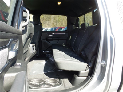 2019 Ram 1500 Crew Cab 4x4,  Pickup #1D97012 - photo 7