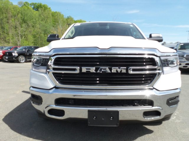2019 Ram 1500 Crew Cab 4x4,  Pickup #1D97013 - photo 3