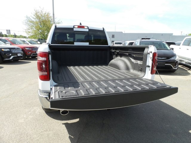 2019 Ram 1500 Crew Cab 4x4,  Pickup #1D97013 - photo 6