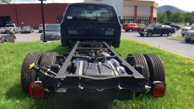2017 F-350 Regular Cab DRW, Cab Chassis #Y177200 - photo 6