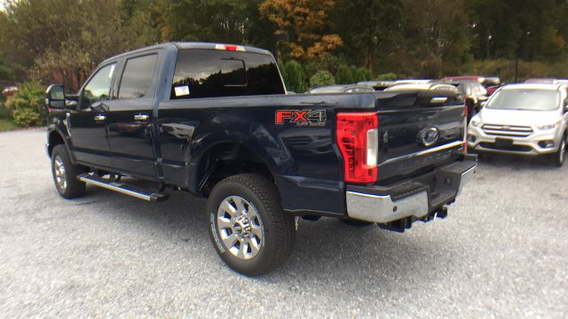 2017 F-250 Crew Cab 4x4 Pickup #Y177333 - photo 2