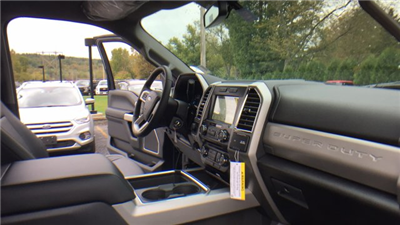 2017 F-250 Crew Cab 4x4 Pickup #Y177333 - photo 28