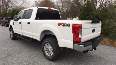 2017 F-250 Crew Cab 4x4, Pickup #Y177355 - photo 2