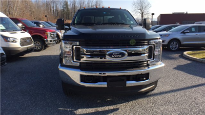 2017 F-250 Crew Cab 4x4, Pickup #Y177358 - photo 3