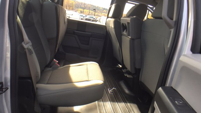2017 F-150 Crew Cab 4x4 Pickup #Y177362 - photo 25