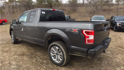 2018 F-150 Super Cab 4x4, Pickup #Y183075 - photo 2