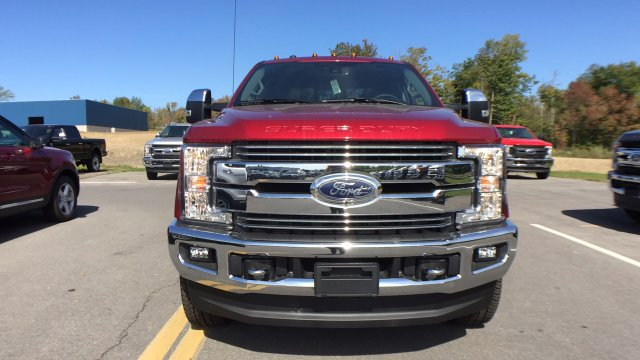 2017 F-250 Crew Cab 4x4, Pickup #4174239 - photo 3