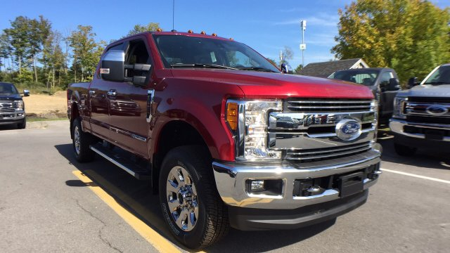 2017 F-250 Crew Cab 4x4, Pickup #4174239 - photo 4