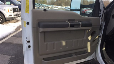 2010 F-450 Regular Cab DRW,  Refrigerated Body #4174304A - photo 10