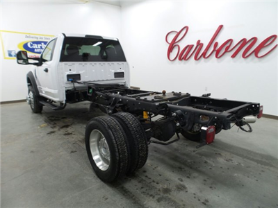 2017 F-450 Regular Cab DRW 4x4, Cab Chassis #4174401 - photo 2