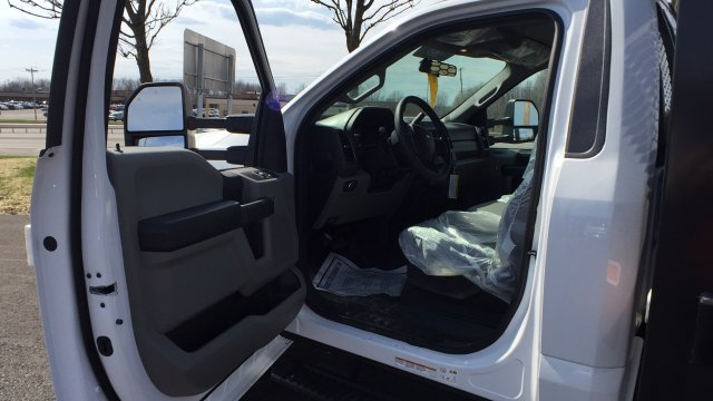 2018 F-550 Regular Cab DRW,  Platform Body #4184185 - photo 13