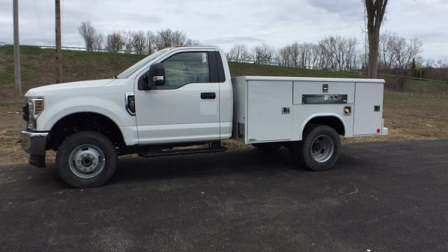 2018 F-350 Regular Cab DRW 4x4,  Service Body #4184186 - photo 13