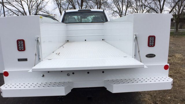 2018 F-350 Regular Cab DRW 4x4,  Service Body #4184186 - photo 24