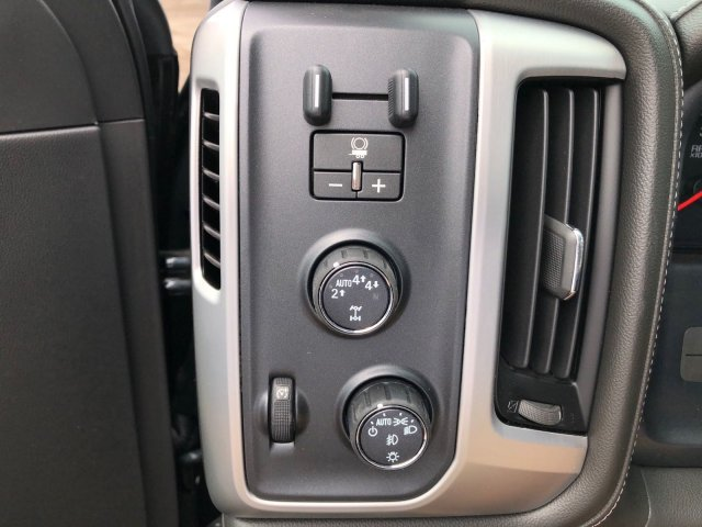 2018 Sierra 1500 Crew Cab 4x4,  Pickup #3G8111 - photo 10