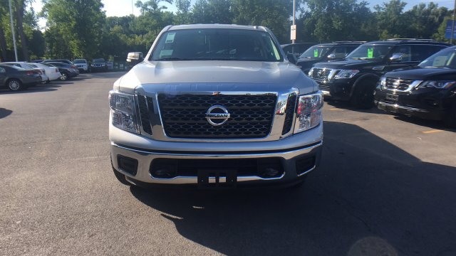 2017 Titan Regular Cab Pickup #6170021 - photo 4