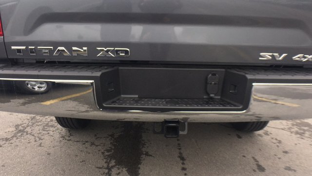 2017 Titan Crew Cab, Pickup #6170030 - photo 23