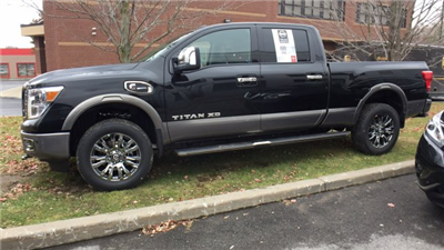 2017 Titan Crew Cab Pickup #6170033 - photo 7