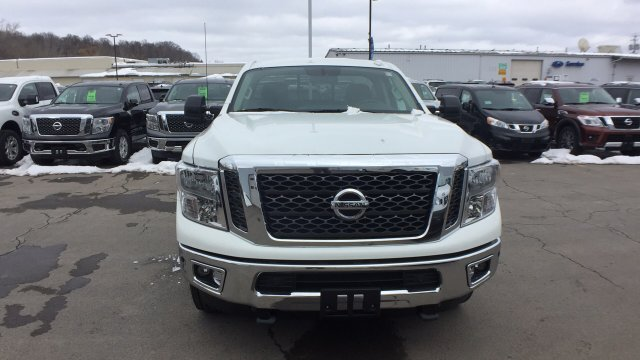 2017 Titan Regular Cab, Pickup #6170050 - photo 6