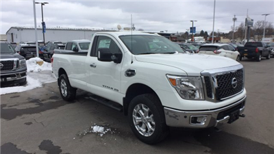 2017 Titan Regular Cab, Pickup #6170050 - photo 5