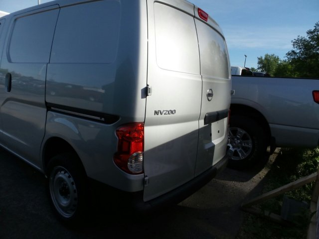 2017 NV200 Cargo Van #6172400 - photo 3
