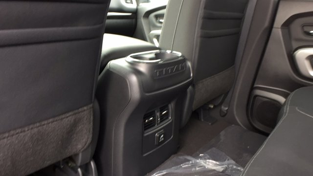 2018 Titan Crew Cab, Pickup #6180003 - photo 28