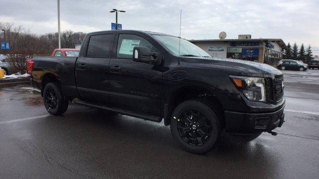 2018 Titan Crew Cab, Pickup #6180007 - photo 3