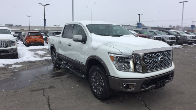 2018 Titan Crew Cab, Pickup #6180009 - photo 7