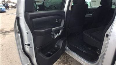 2018 Titan Crew Cab, Pickup #6180012 - photo 18