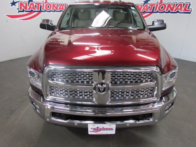 2017 Ram 3500 Crew Cab 4x4 Pickup #41549 - photo 3