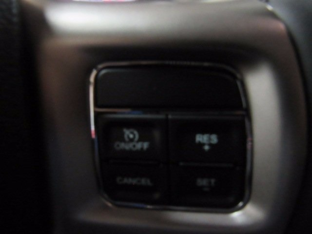 2017 Ram 3500 Crew Cab 4x4 Pickup #41550 - photo 11