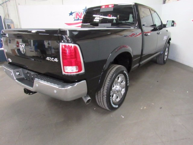 2017 Ram 3500 Crew Cab 4x4 Pickup #41550 - photo 20