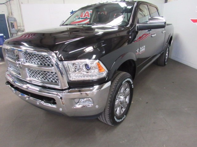 2017 Ram 3500 Crew Cab 4x4 Pickup #41550 - photo 1