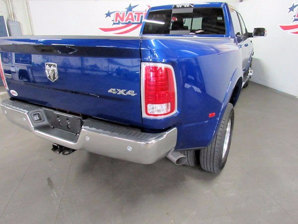 2017 Ram 3500 Crew Cab DRW 4x4 Pickup #41746 - photo 4