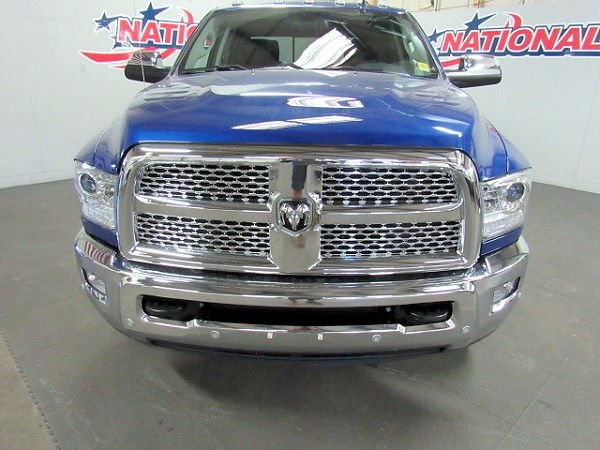 2017 Ram 3500 Crew Cab DRW 4x4 Pickup #41746 - photo 5